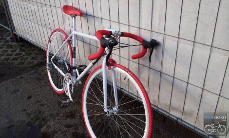Csepel Torpedo vázra épített egyedi országúti kerékpár