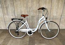 """Toldi női városi kerékpár - 3 sebességes kontrás agyváltós - 26"""" - Fehér színben"""