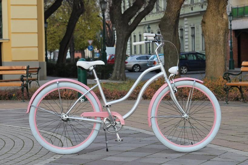 Egyedi Cruiser Női Kerékpár 1 / 3 / 7 sebességes - Ezüst - Rózsaszín