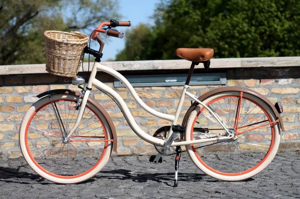 Egyedi Cruiser Női Kerékpár 1 / 3 / 7 sebességes - Krém - Barna - Narancs