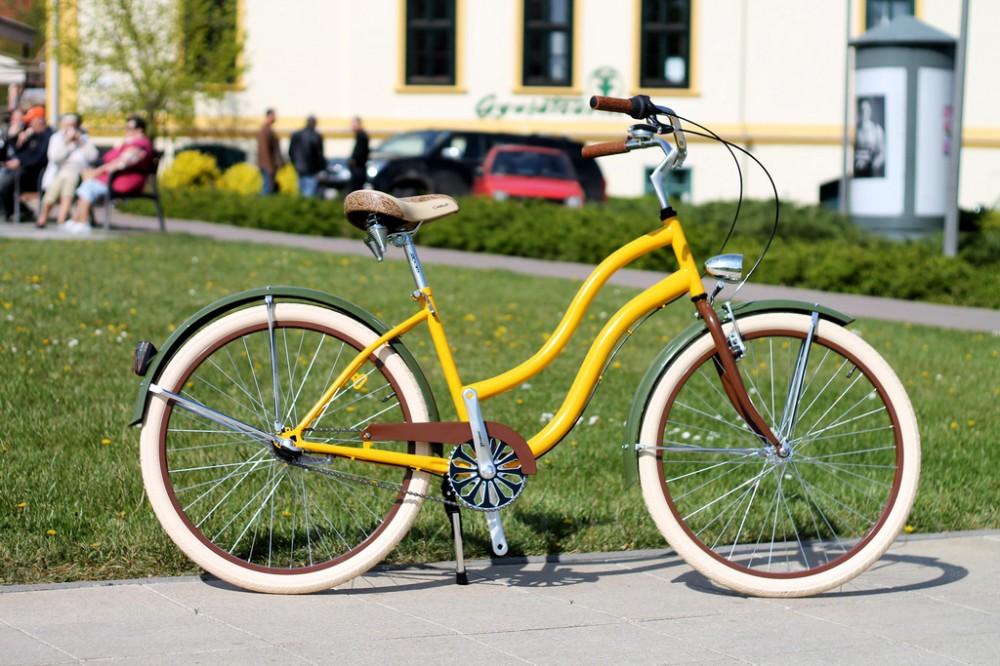Egyedi Cruiser Női Kerékpár 1 / 3 / 7 sebességes - Sárga - Olajzöld