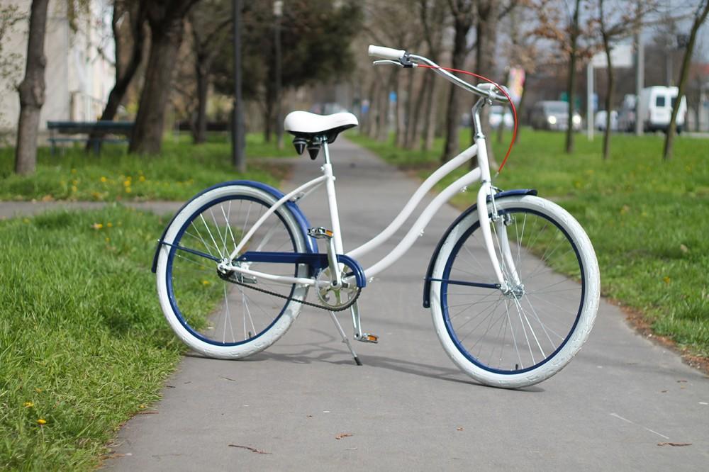 Egyedi Cruiser Női Kerékpár 1 / 3 / 7 sebességes - Fehér - Kék