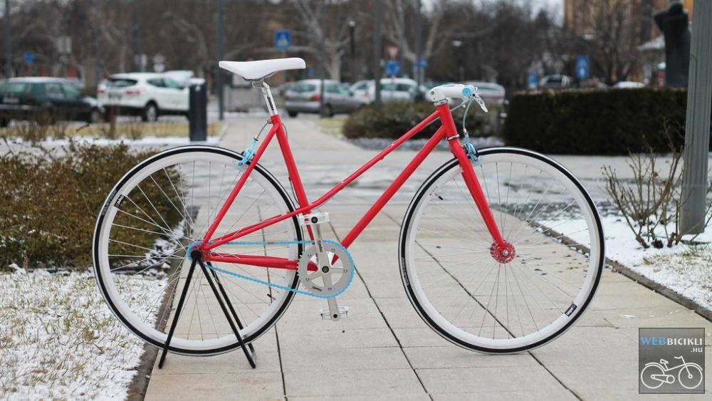 Egyedi festésű Csepel Royal Női Piros - Fehér - Baba kék - Single Speed