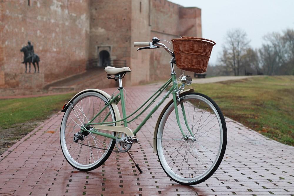 """Mademoiselle női kerékpár 28"""" - 300 féle színben - 7 sebességes - Most ajándék fonott kosárral & defektgátló folyadékkal - Zöld színben"""